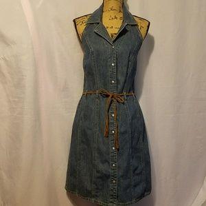 Dresses & Skirts - Cute halter denim dress.